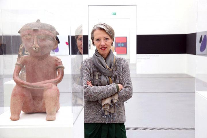 Stella Rollig , Kunstmuseum Lentos für WOMAN
