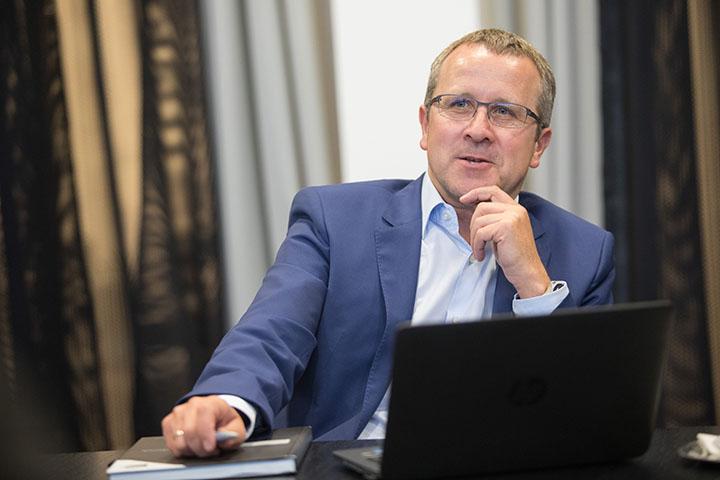 CEO Robert Machtlinger, FACC AG für Chefinfo