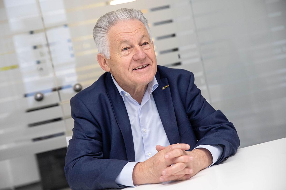 LH Dr. Josef Pühringer